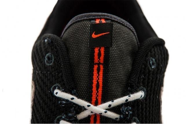 Nike Roshe Run Canvas Anthracite Sail Tongue Detail Edit 1