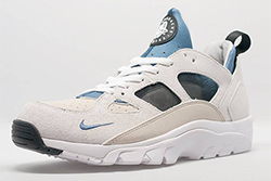 Nike Air Trainer Huarache Low Cream Blue Thumb
