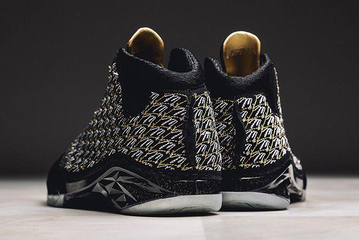 Trophy Room X Air Jordan Xx3 Blackgold5