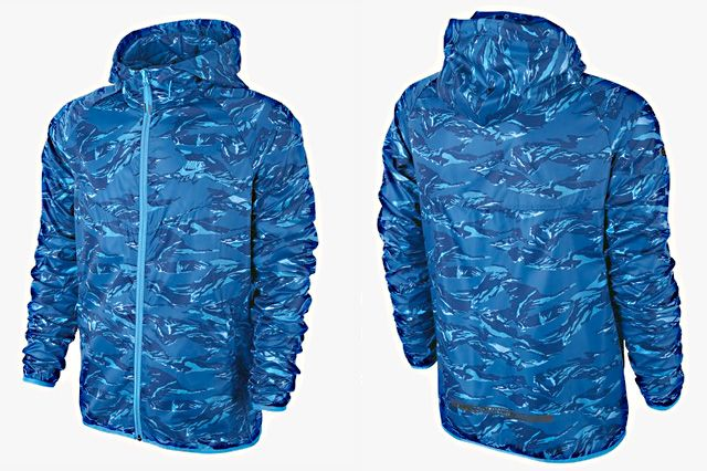 Nike Packable Camo Lightweight Windrunner Blue