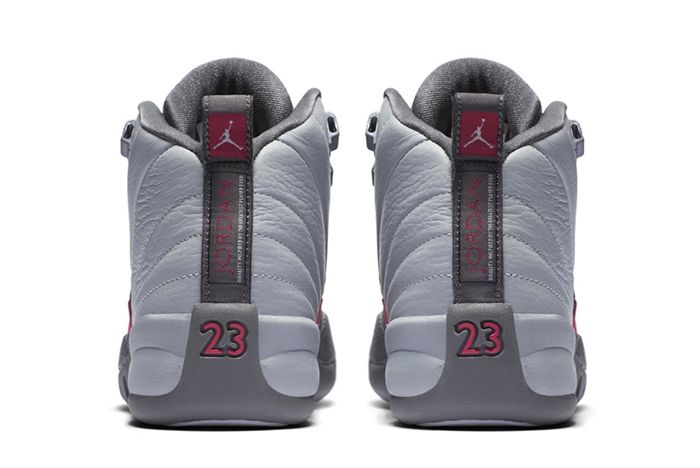Air Jordan 12 Vivid Pink 4
