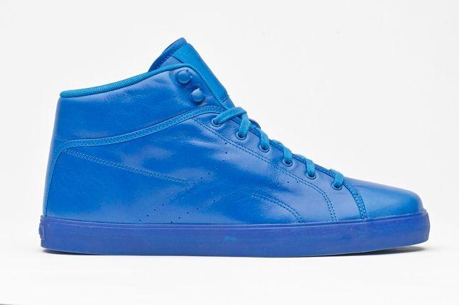 Tyga Reebok Traww Blue Profile 1