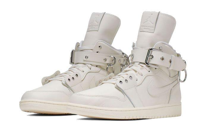 Cdg Homme Plus Air Jordan 1 Cn5738 100 White Front Angle