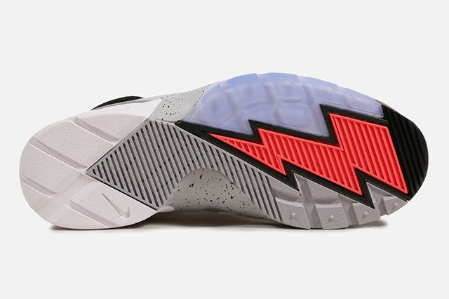 Nike Air Bo 1 5