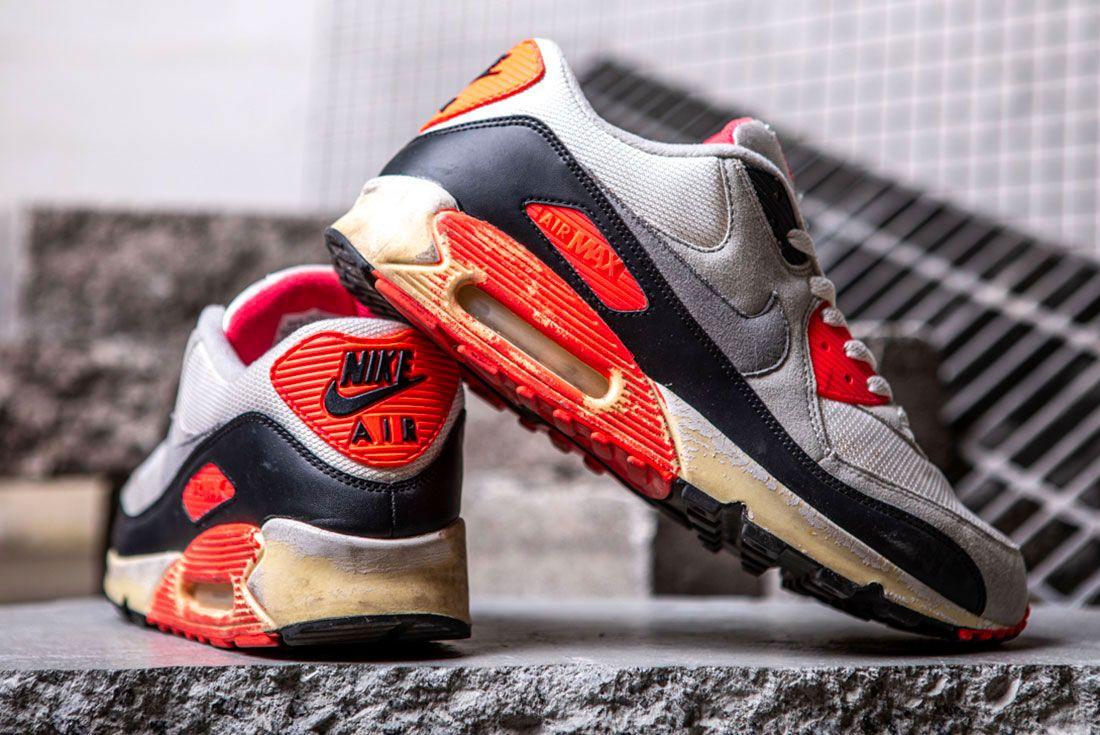 Nike Air Max 90 Infrared Heel