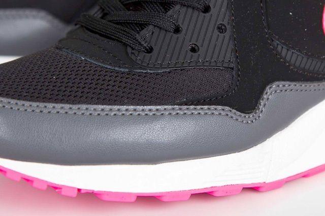 Nike Wmns Air Max Light Hyper Pink 5