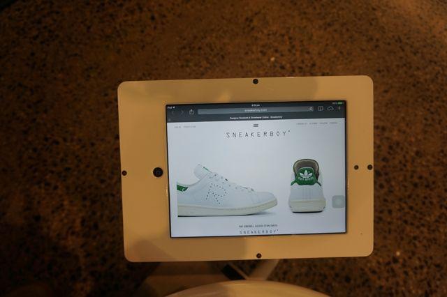 Sneakerboy 17