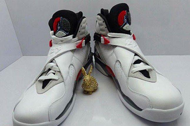 Air Jordan 8 Bugs Bunny Retro April 2013 Pair With Gold Trinket 1
