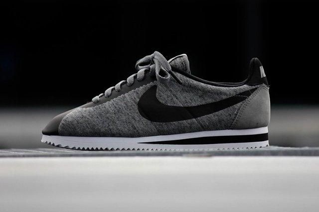 Nike Cortez Tech Fleece Tumbled Grey Thumb