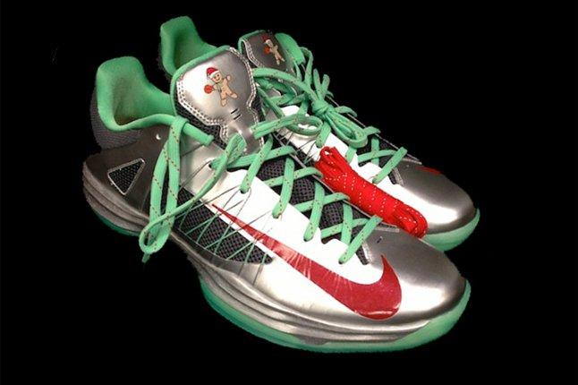 Nike 2012 Hyperdunk Low Gingerbread Pair 1