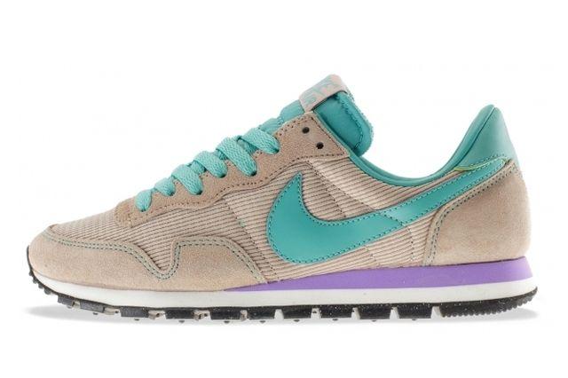 Nike Womens Air Pegasus Teal 1