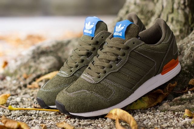 Adidas Originals Zx 700 Oak