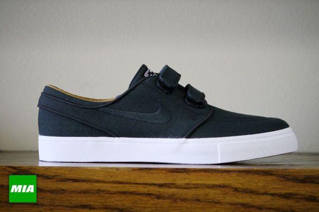 Nike Stefan Janoski Ac Rs Black Profile1 1