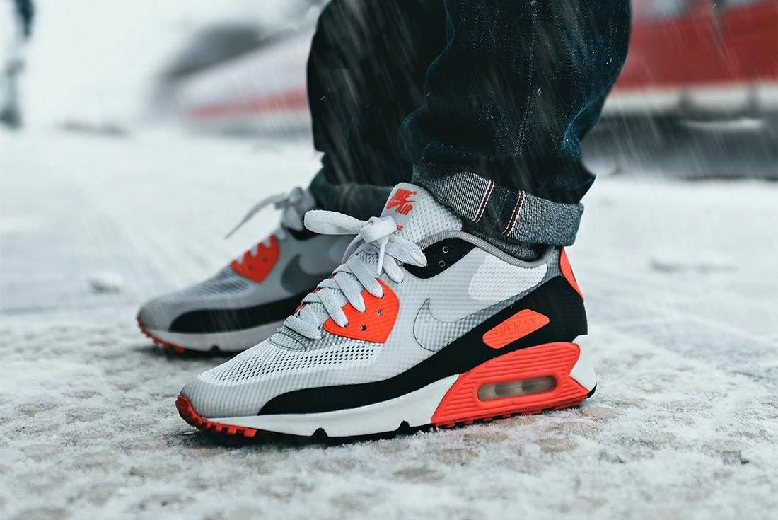 Nike Air Max 90 Hyperfuse Infrared Lateral Side Shot
