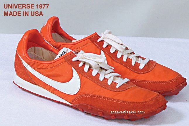 Vintage Collector Lindy Darrell Nike Runners 33