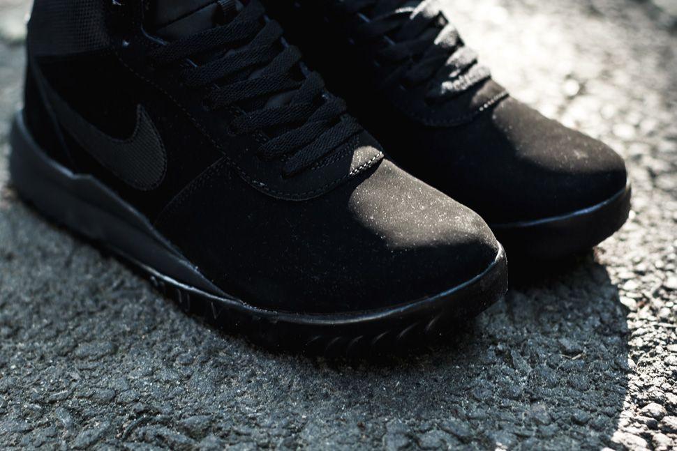Nike Woodland Suede Triple Black 3