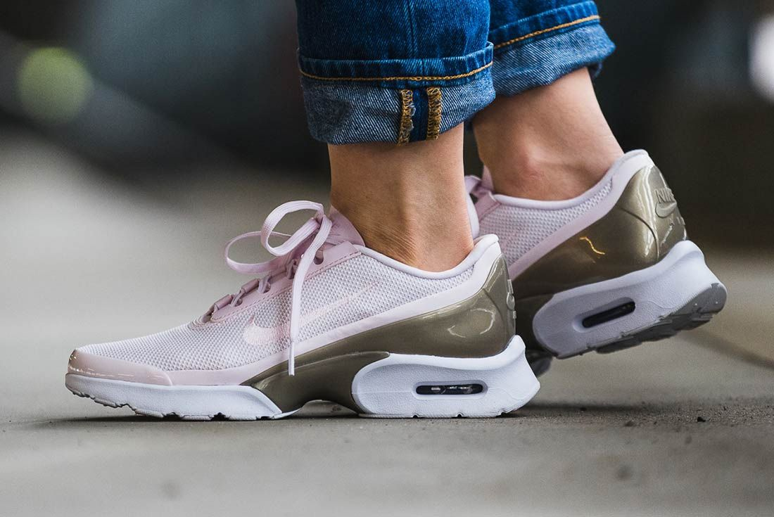 Nike Air Max Jewel Pearl Pink 1