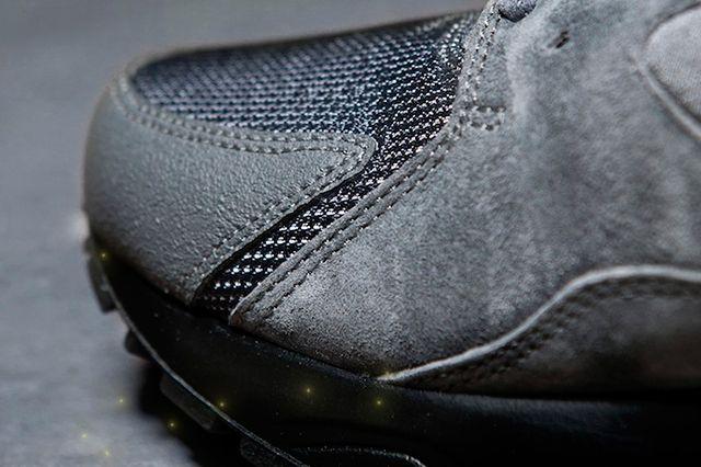 Nike Air Max 93 Volt 3