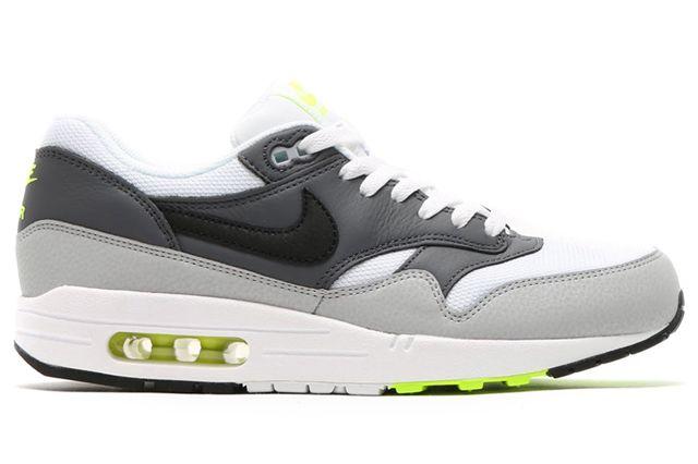 Nike Air Max 1 Neon1