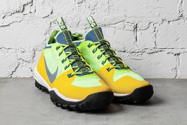 Nike Acg Lunar Incognito Bright Citron Military Blue Volt 2