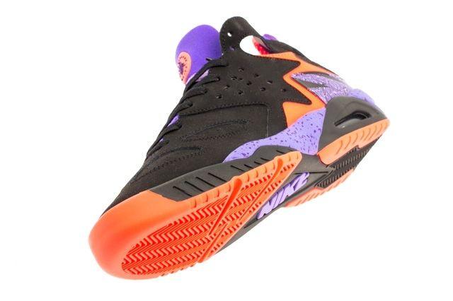 Nike Air Tech Challenge Huarache Atomic Orange Court Purple 3