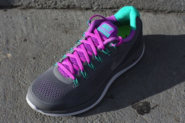 Nike Lunarglide 4 Cool Grey Laser Purple Quater 1