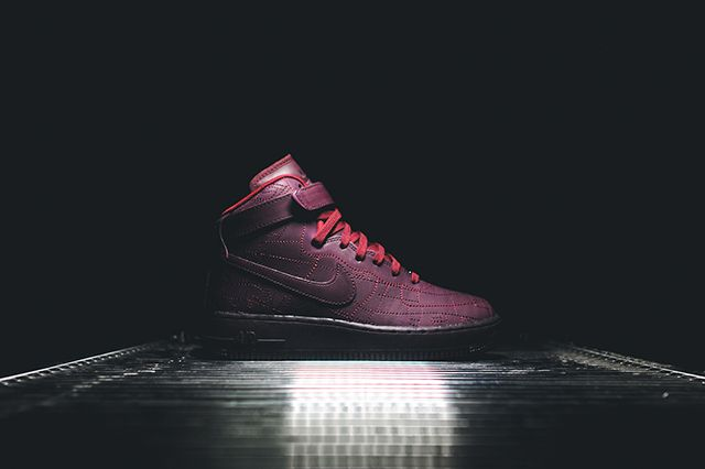 Nike Wmns Air Force 1 City Pack 12