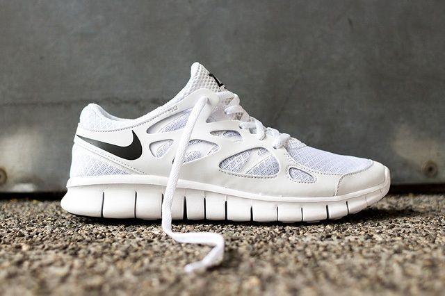 Nike Free Run 2 White Out 1