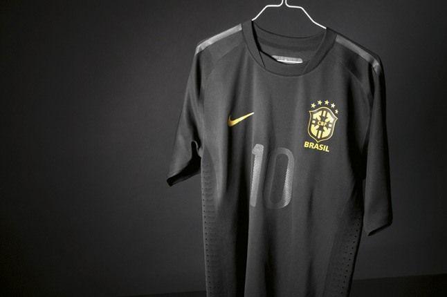 Nike Brazil World Cup Nsw 19 1