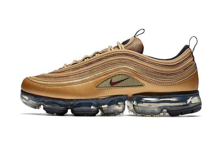 Nike Air Vapor Max 97 Metallic Gold 2