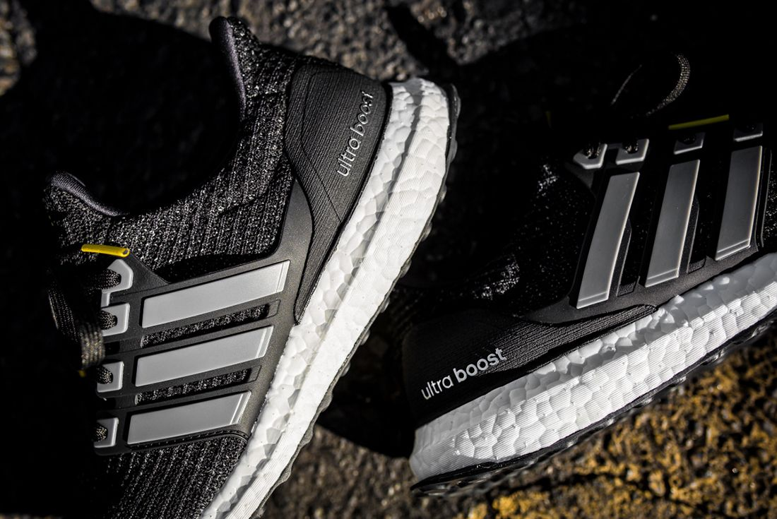 Adidas Utlraboost 5 Th Anniversary 3