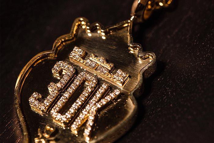 Lebron James 15 Gold Diamond Shoe Surgeon 3