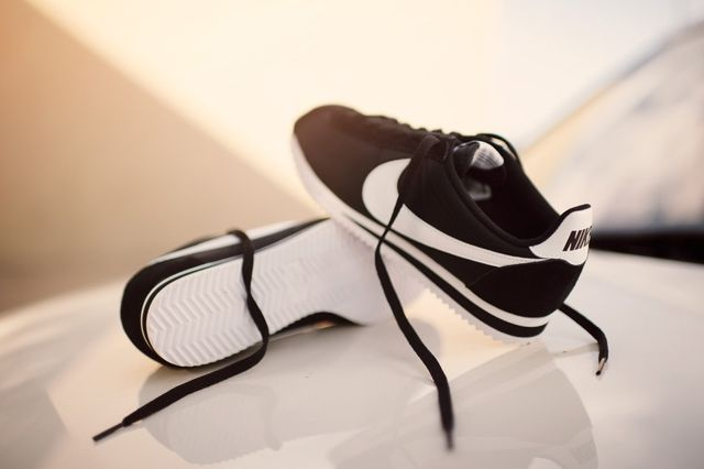 Nike Cortez Nylon Black White 2
