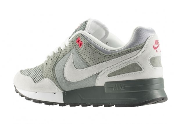 Nike Air Pegasus 89 April Releases 5