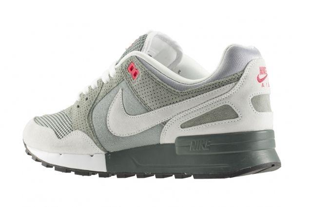 Nike Air Pegasus 89 April Releases 5