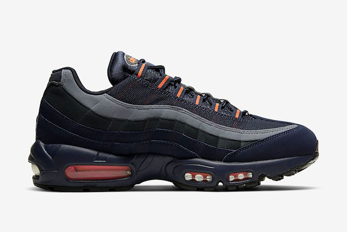 Nike Air Max 95 Cw7477 400 Medial Side Shot