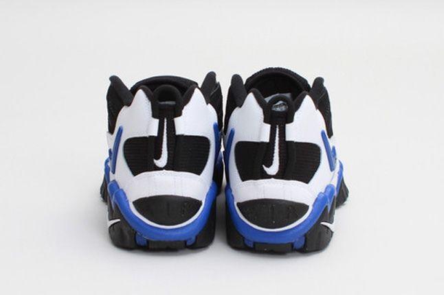Nike Airslandmid Whitegameroyal Heels 1