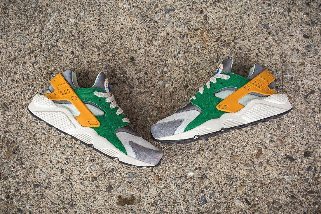 Nike Air Huarache Se Pine Green Gold Leaf9
