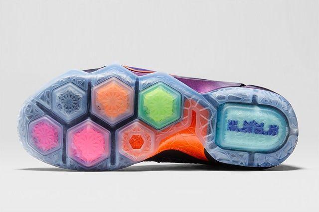Nike Lebron 12 Instinct Bump 3