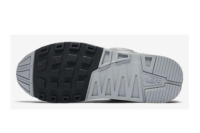 Nike Air Stab Neon 6