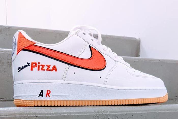 Nike Air Force 1 Scarrs Pizza Nyc Friends Family Lateral Right