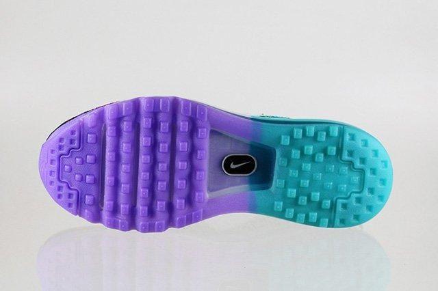 Nike Flyknit Max Purple Venom Turbo Green 4