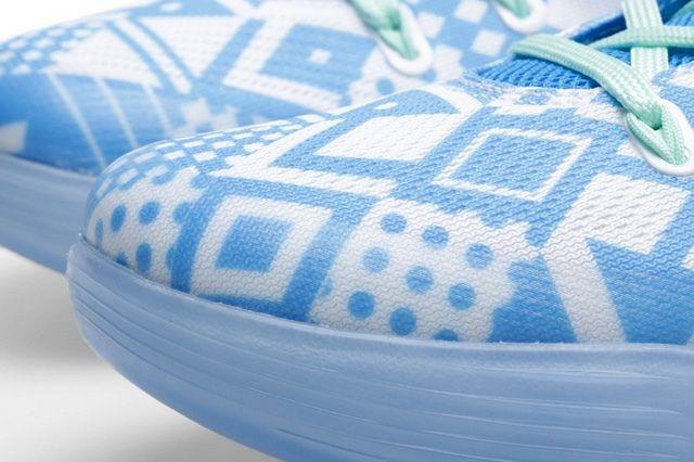 Nike Kobe 9 Em Hyper Cobalt Bump 3
