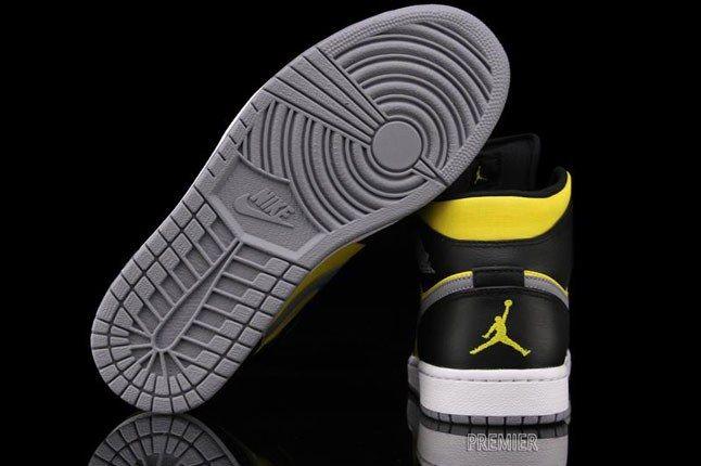 Jordan 1 Phat 1