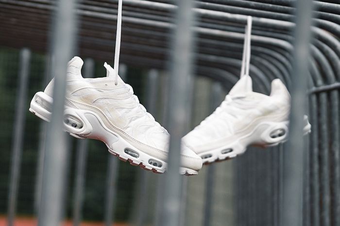 Nike Air Max Plus Deconstructed White Cd0882 100 Release Date Pair