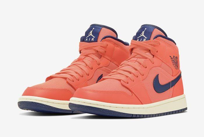 Air Jordan 1 Turf Orange Pair