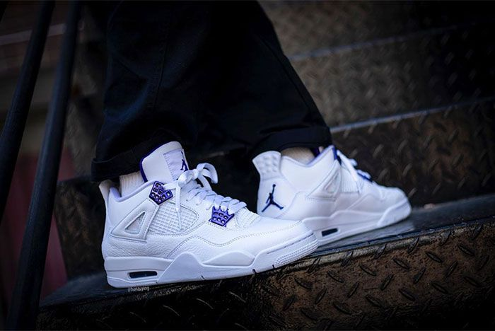 Air Jordan 4 Court Purple Stairs Right Close 2