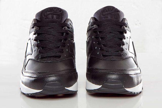 Nike Air Classic Bw Team Red Black 5