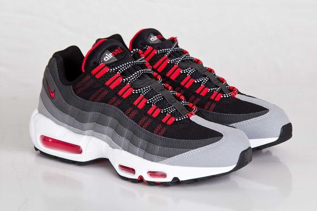 Nike Air Max 95 Chilling Red 7