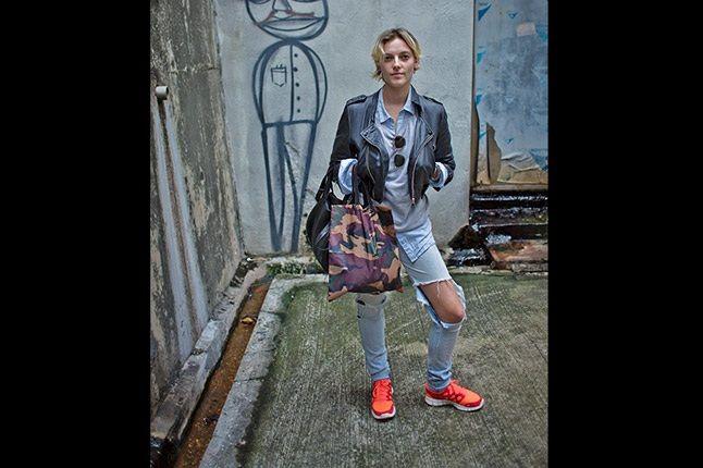 Hong Kong Sneaker Snaps Orange Sneaks In Street 1